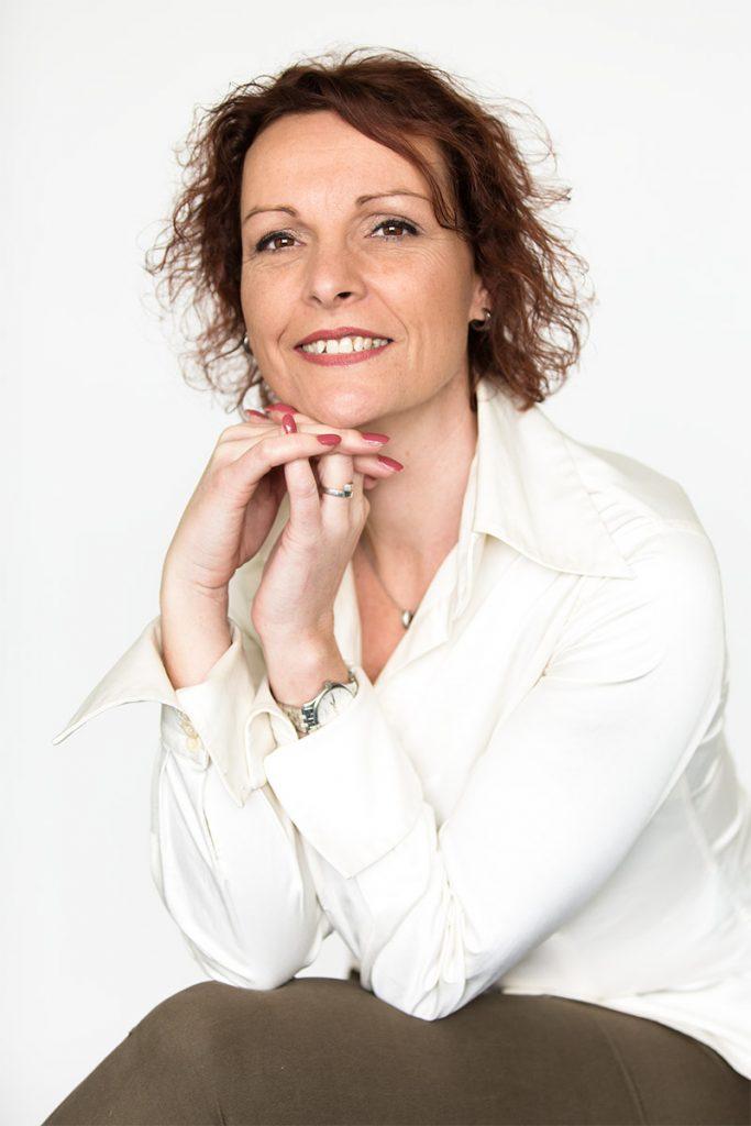 Francine Oldenhuizing Estia Uitvaarten.
