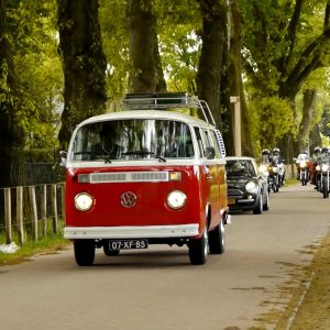 Estia Uitvaarten - Rouwvervoer Volkswagen busje